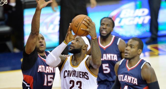 Atlanta LeBron'lu Cleveland'a fark attı