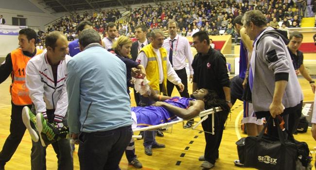 Basketbol maçında kaza