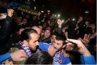 Trabzon Erkanı bağrına bastı