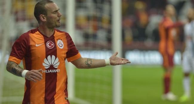 Sneijder'in gecesi