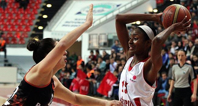 AGÜ, Bourges Basket'i boş gönderdi