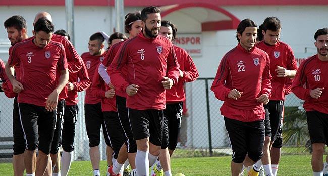 PTT 1. Lig'de Karadeniz derbisi