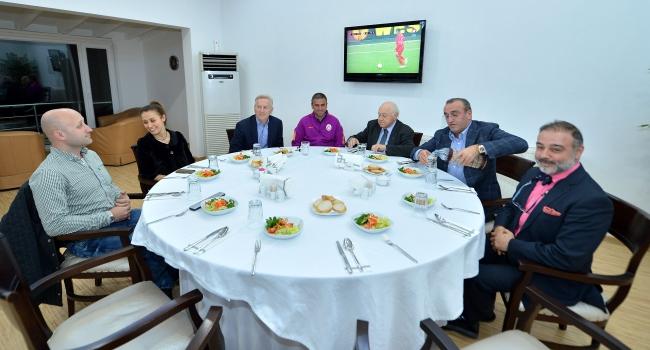 Yarsuvat'tan futbol takımına ziyaret