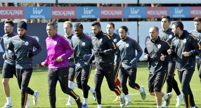 Galatasaray'da derbi mesaisi
