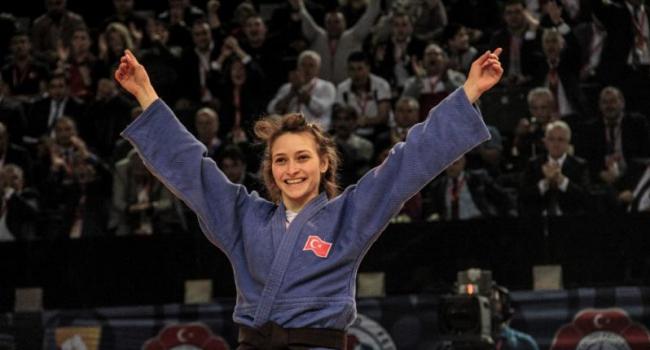 Judo'da ilk madalya Dilara'dan!
