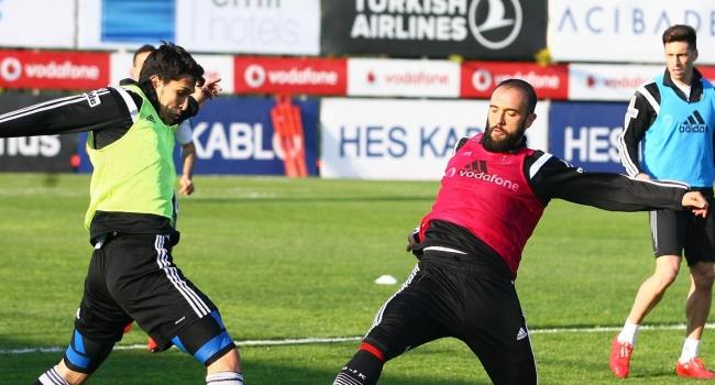 Beşiktaş çift kale maç yaptı