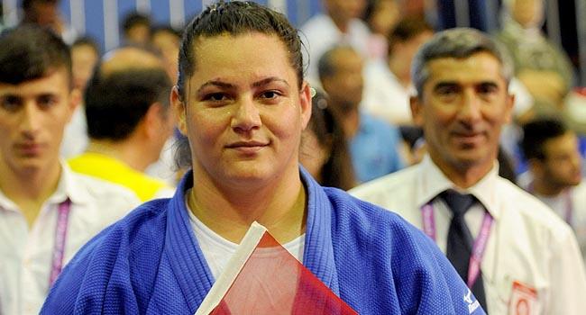 Zehra Kaya'dan altın madalya