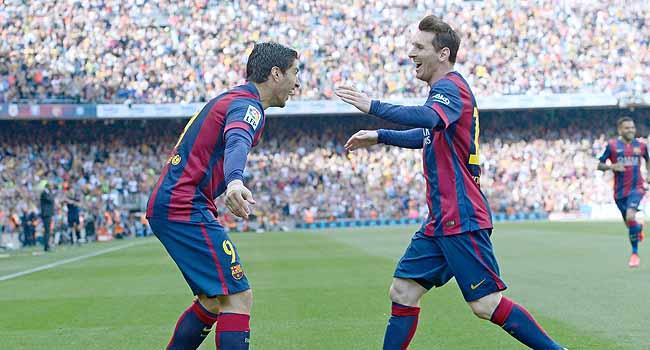 Açılış Suarez'den, kapanış Messi'den