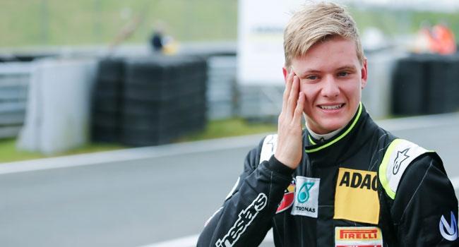 Schumacher'in oğlundan ilk zafer!