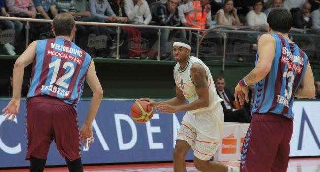 Trabzonspor, Banvit'i devirdi