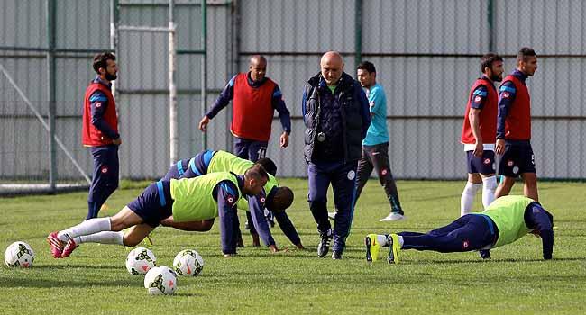 """Çaykur Rizespor'dan """"derbi"""" hazırlığı"""