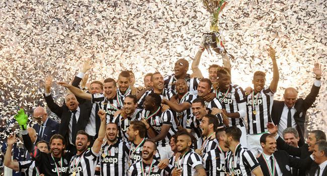 Juventus kupasını aldı!