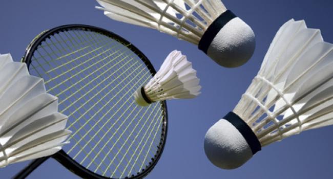 Badminton'da müsabakalar başladı
