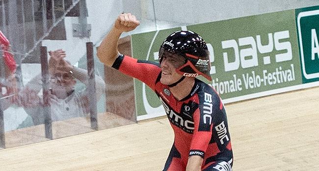 İlk etapta Rohan Dennis güldü