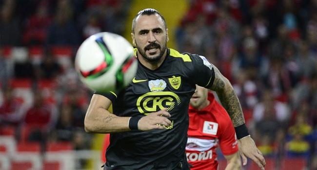 Almeida'lı Anzhi deplasmanda kazandı