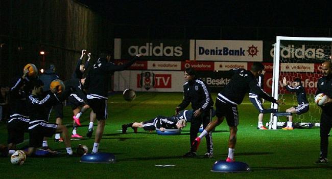 Beşiktaş Skenderbeu maçına hazır