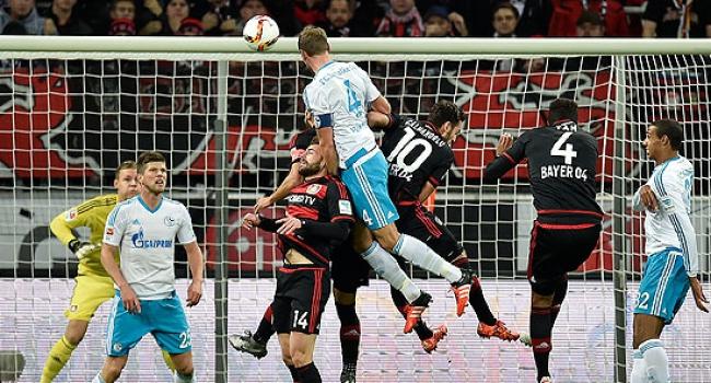 Leverkusen 1 puanı kurtardı
