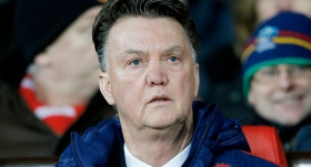 Van Gaal'dan tescil taleplerine tepki: Maçlar sahada kazanılır
