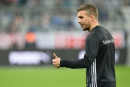 Podolskiden ilk maçında iki gol