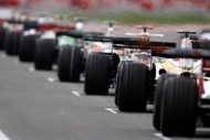 Formula 1de pistler ısınıyor