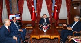 Cumhurbaşkanı, Demirören ve Lucescu'yu kabul etti