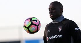 Demba Ba Beşiktaş'tan haber bekliyor