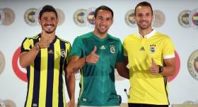 VİDEO   Fenerbahçe'de toplu imza töreni