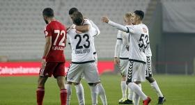 Konyaspor zorlanmadan son 16'da
