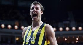 Vesely 3 yıl daha Fenerbahçe Beko'da
