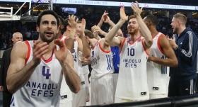 Anadolu Efes, 11. kez kupanın sahibi oldu