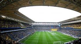 Galatasaray tribününe dev hoparlör!