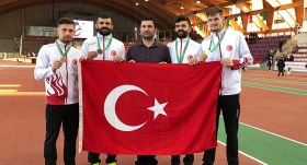 4x400 metre bayrak yarışında bronz madalya