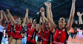 VakıfBank'tan 10. şampiyonluk