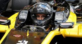 VİDEO | Suudi kadın sürücü F1 aracı kullandı