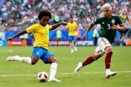 Brezilya-Meksika maçından yansıyan kareler