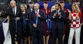 Rusya, yıl sonuna kadar vizeyi kaldırdı!