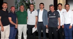 Erzurumspor Başkanı Doğan'dan Beşiktaş kampına ziyaret