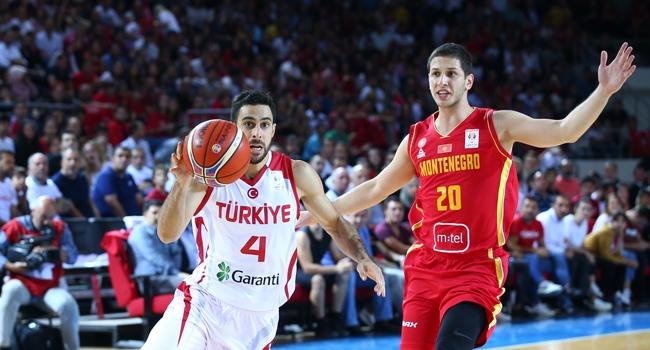 A Milli Erkek Basketbol Takimi  Fiba Dunya Kupasi Avrupa Elemeleri Ikinci Tur I Grubundaki Ilk Macinda Karadagi   Yendi