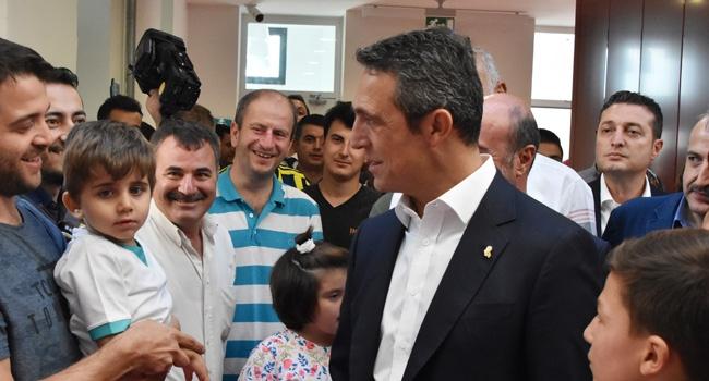 Ali Koç, otizmli çocuklarla bir araya geldi