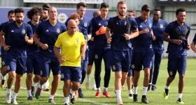 Fenerbahçe, gruplarda 16 galibiyet aldı