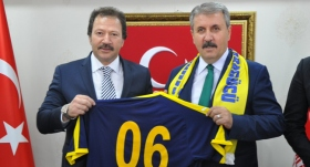 Mehmet Yiğiner'den Mustafa Destici'ye ziyaret