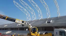 Alsancak Stadı'nda çatı montajı başladı