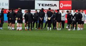 Beşiktaş'ın Göztepe maçı kadrosu belli oldu