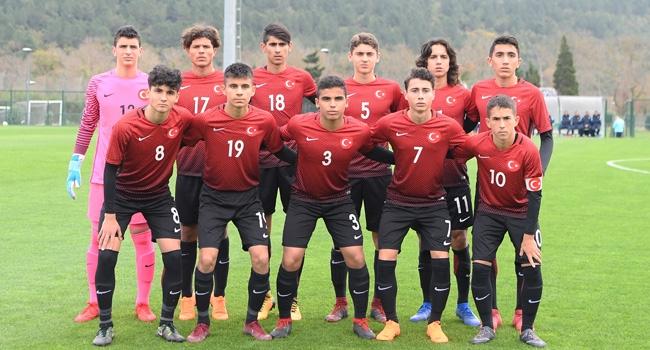 16 Yaş Altı Milli Futbol Takımı, Moldovayı 1-0 yendi 17