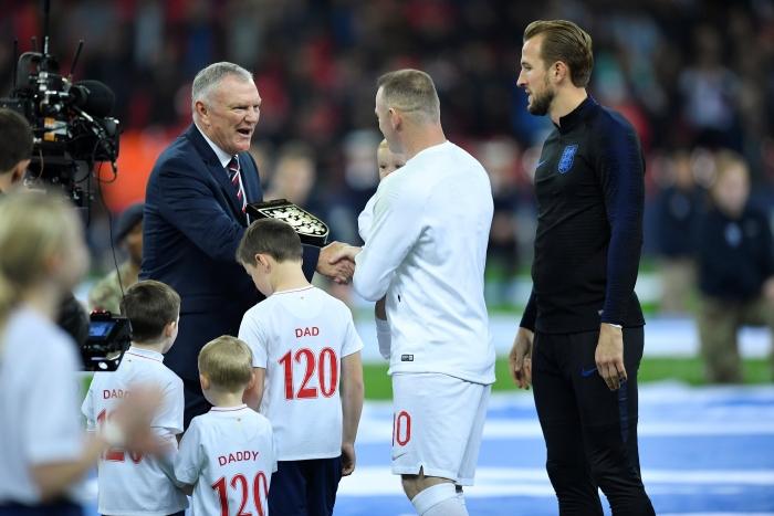 Wayne Rooney`nin vedasından kareler