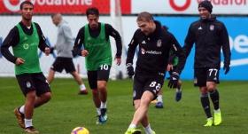 Beşiktaş'ta Malmö maçının 11'i şekilleniyor