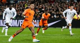 Hollanda, Fransa'nın 15 maçlık serisine sona verdi