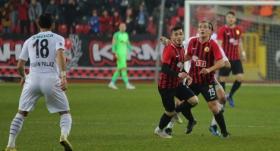 Eskişehirspor, Altay'ı tek golle geçti