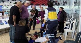 Şampiyonada fenalaşan milli yüzücü, hastaneye kaldırıldı