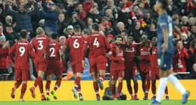 Liverpool, Manchester United engelini aştı